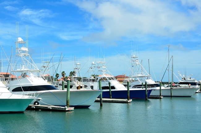 Before Buying a Boat, Find Convenient Boat Storage